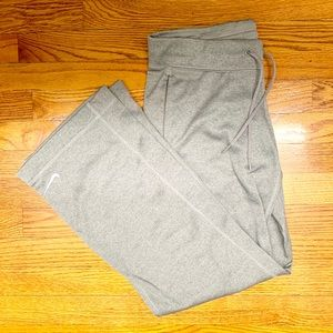 Nike therma fit sweatpants